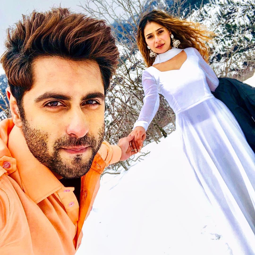 Bidaai actress Sara Khan confirms dating Ankit Gera; a look at their romantic pictures