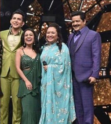 Neha Kakkar Gets Shagun Ki Chunni On Behalf Of Aditya Narayan And Family Ahead Of Rumoured Wedding
